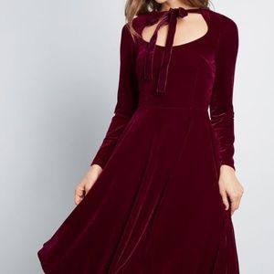 Collectif Vintage Dancing Queen Velvet Dress